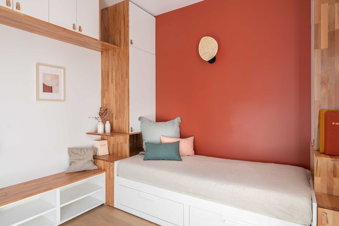 tiny french studio 5 - Tiny worn-out 14m2 studio transformed into cosy abode