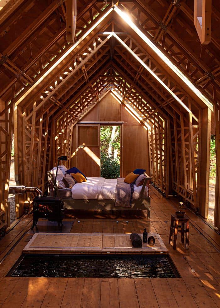 cabin slides apart 10 - Sliding walls make this Dutch cabin a transforming wonder