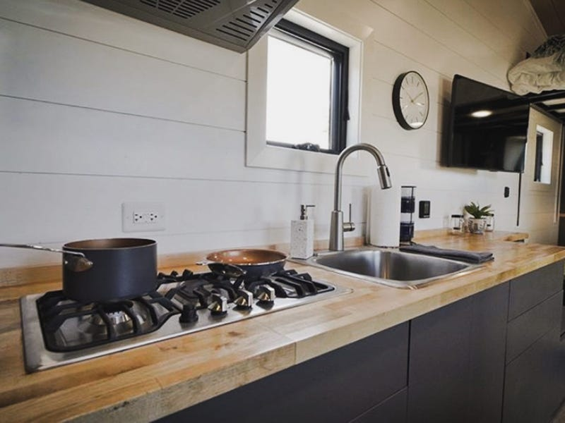 tiny house gosun off grid 13 - GoSun launches $69,500 solar-powered tiny house designed to last over a month off-grid