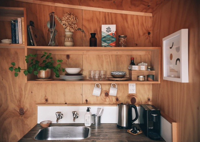 Snug tiny house Auckland new zealand 1 - These 10 Airbnb tiny houses let you experience compact living in style