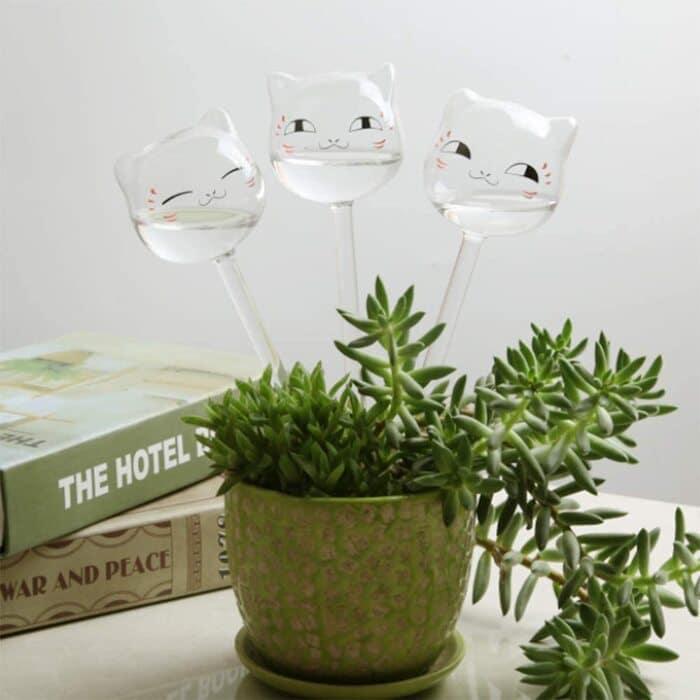 self watering plant ideas 3 1 - Plant killer rehabilitation: 24 self-watering ideas