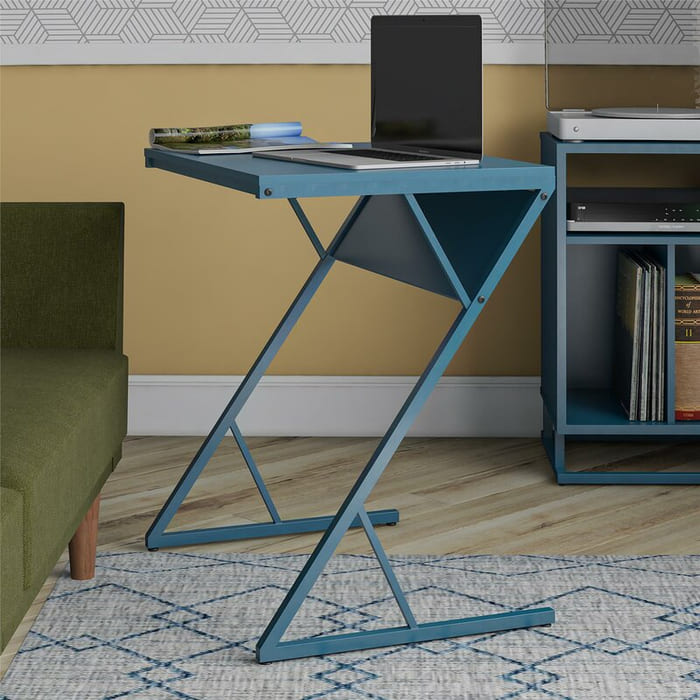 RegalLaptopDesk - 25 gorgeous desks for your small space
