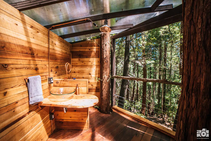 pinecone treehouse 1 - Five magical treehouse getaways