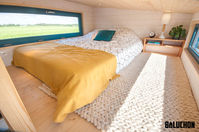 tiny house baluchon 12 - Stunning tiny house features inverted loft space with lounge upstairs and kids' room on main floor