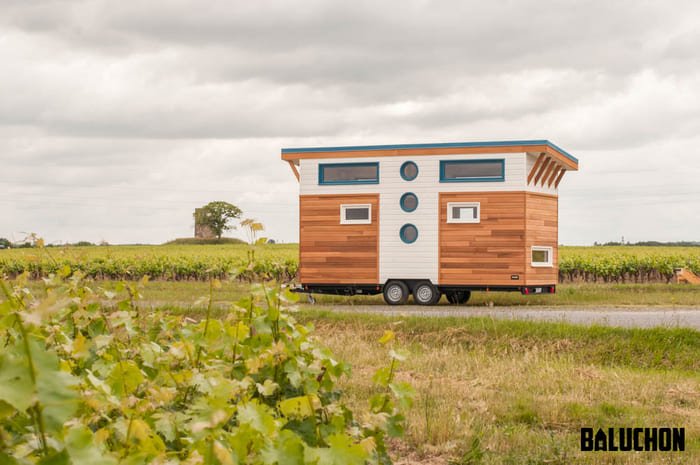 tiny house baluchon 15 - Stunning tiny house features inverted loft space with lounge upstairs and kids' room on main floor