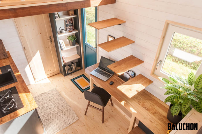 tiny house baluchon 3 - Stunning tiny house features inverted loft space with lounge upstairs and kids' room on main floor