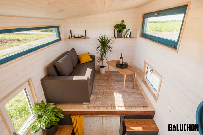 tiny house baluchon 4 - Stunning tiny house features inverted loft space with lounge upstairs and kids' room on main floor