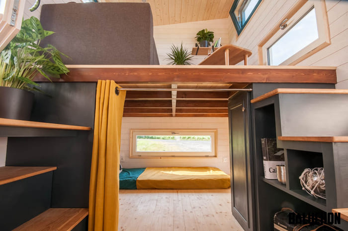 tiny house baluchon 6 - Stunning tiny house features inverted loft space with lounge upstairs and kids' room on main floor