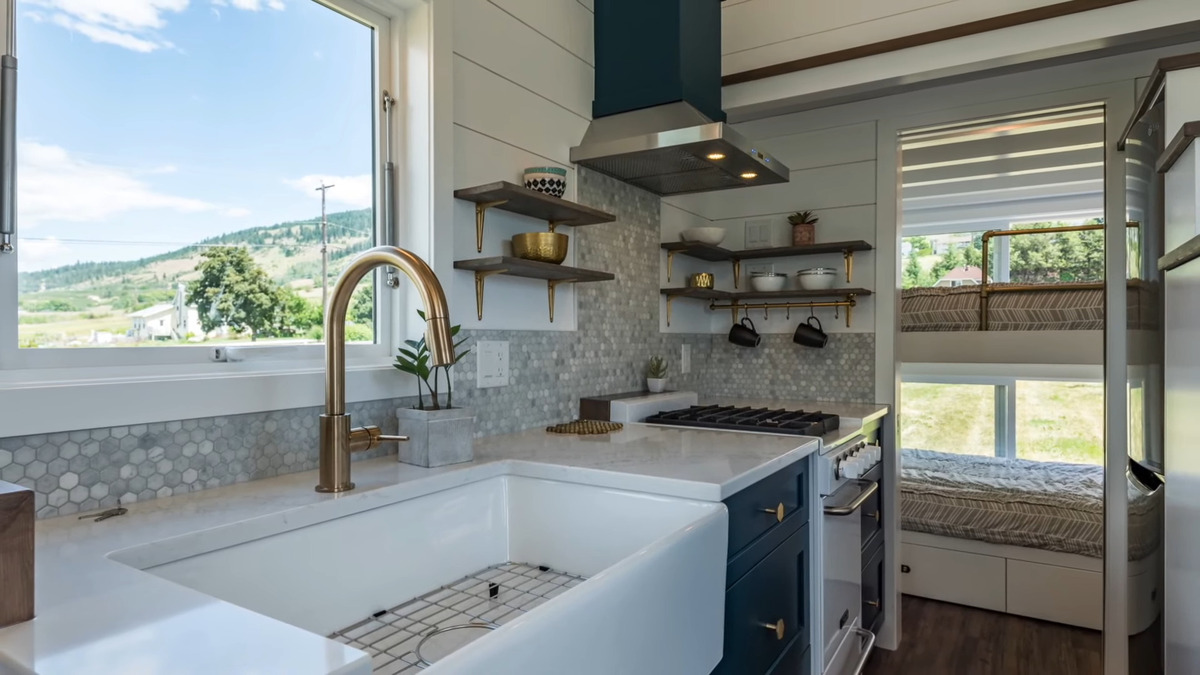 mag - Tiny house serves as family holiday home and retirement investment