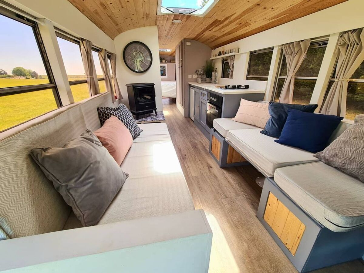 skoolie win 10 - British couple turned school bus into home complete with mini cinema - they are now raffling it off