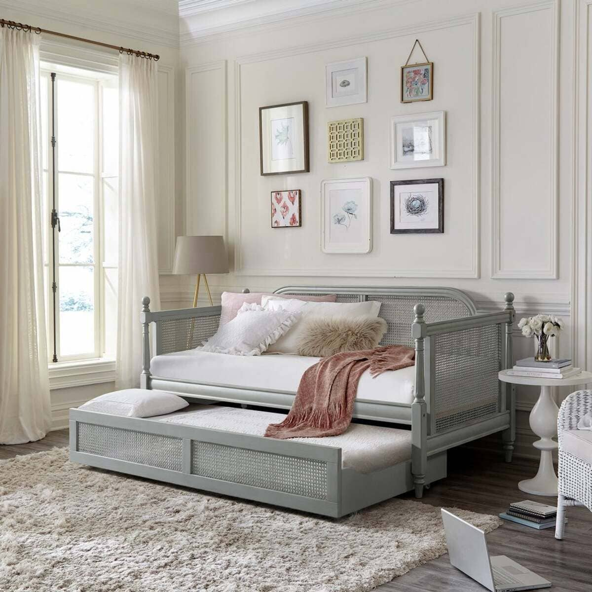 daybed 16 - 20 delightful daybeds that easily convert into comfortable beds