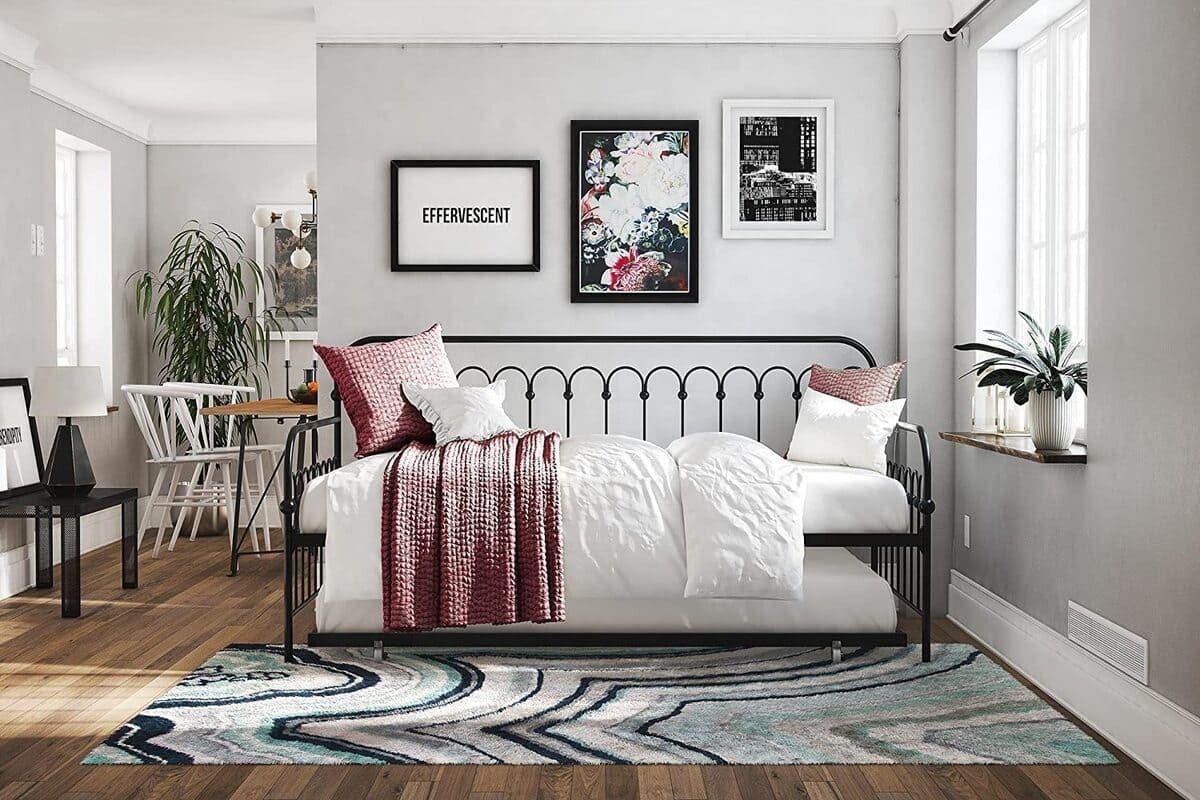 daybed 6 - 20 delightful daybeds that easily convert into comfortable beds