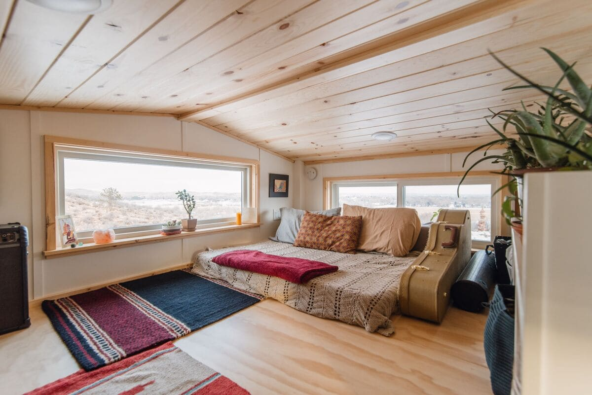 tiny house Den Loft 3 - This luxurious tiny house does not hold back on function - it even has a mudroom