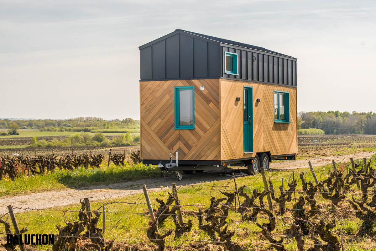 tiny house baluchon 15 - Mother and daughter live full time in stunning tiny house with cool hammock floor