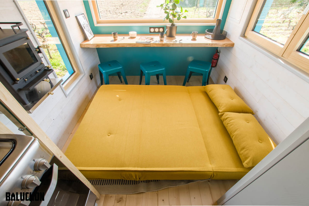 tiny house baluchon 16 - Mother and daughter live full time in stunning tiny house with cool hammock floor