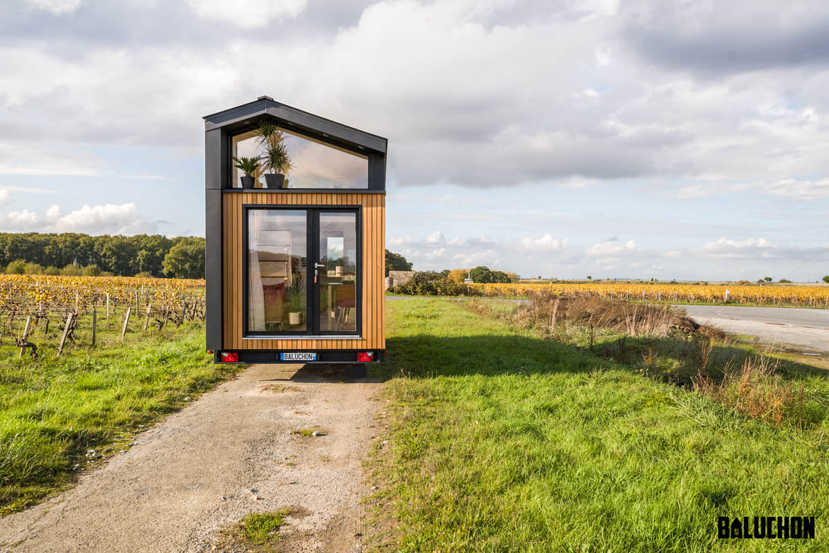 tiny house baluchon 2 1 - A tiny home on wheels: travel meets small living
