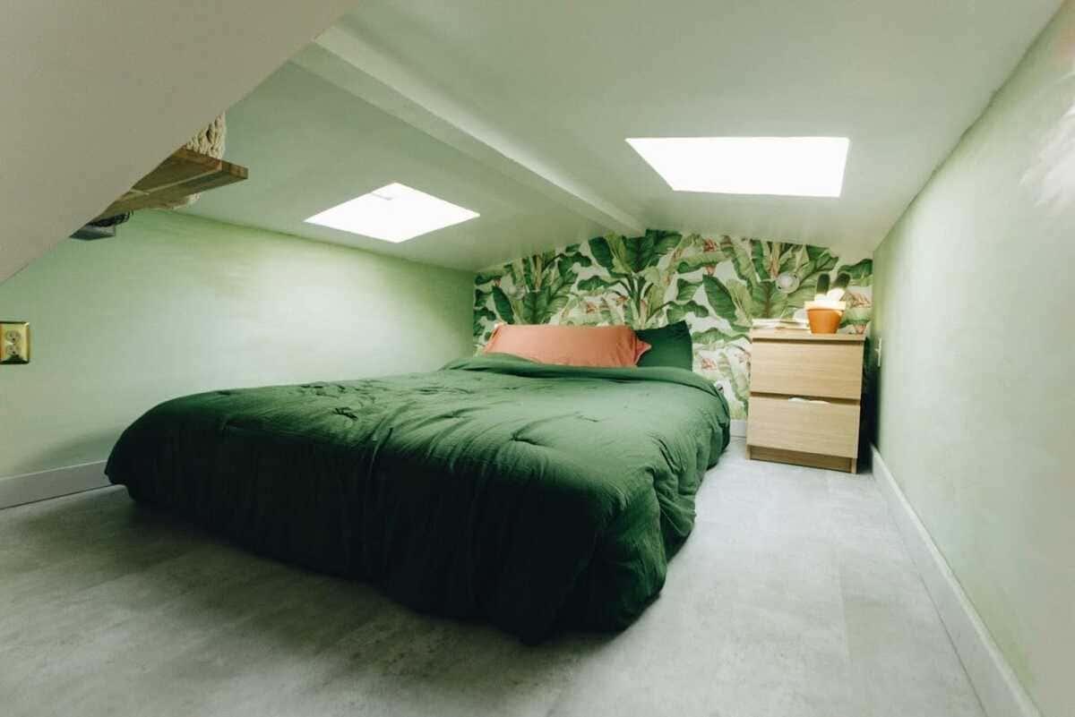 tiny house hola 2 - Tropical tiny house offers visitors a creative getaway