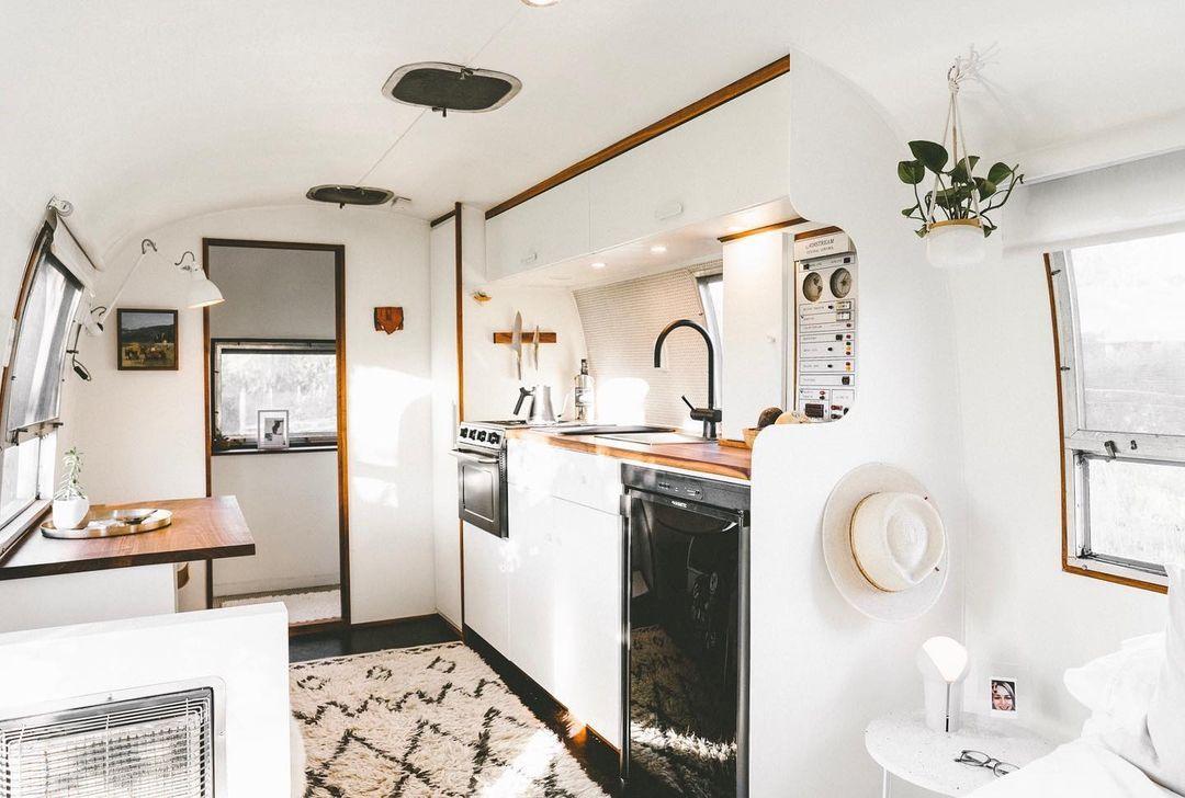Airstream trailer Haus 15 - Interior designer turned heirloom Airstream into delightful home