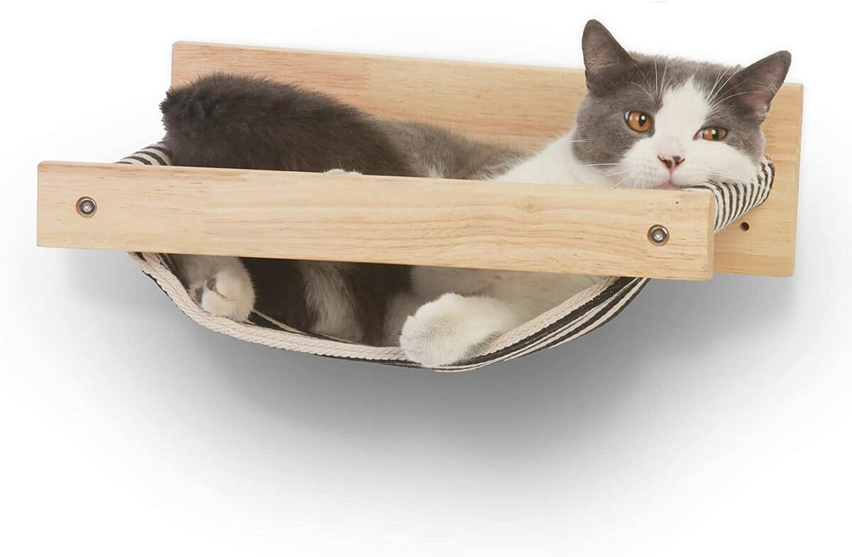 pet furniture 2 - 18 amazing pet furniture ideas that are perfect solutions for small spaces
