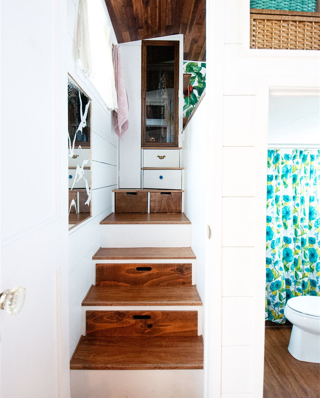 tiny house her tiny home 13 - Single mom built spectacular tiny home for herself and her daughter