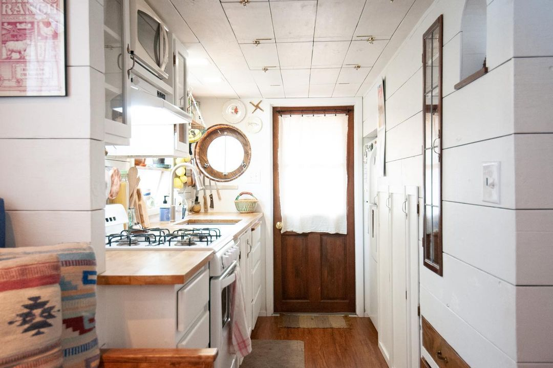 tiny house her tiny home 43 - Single mom built spectacular tiny home for herself and her daughter
