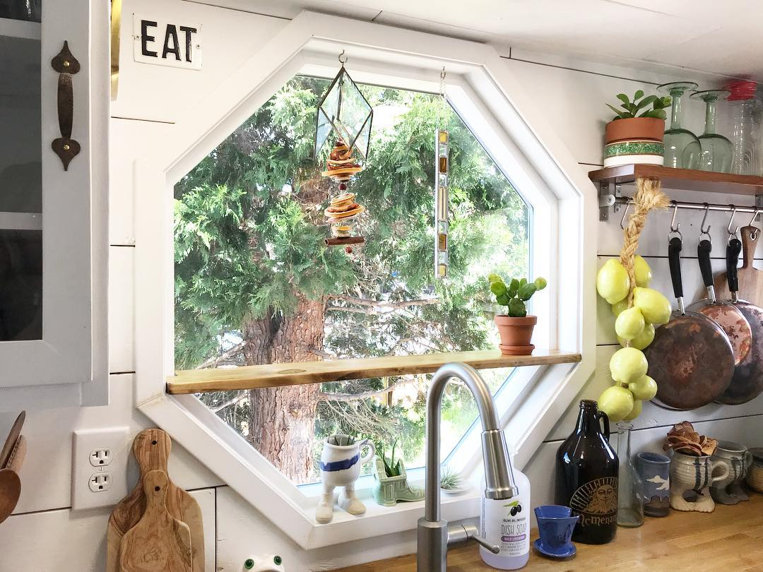 tiny house her tiny home 7 - Single mom built spectacular tiny home for herself and her daughter