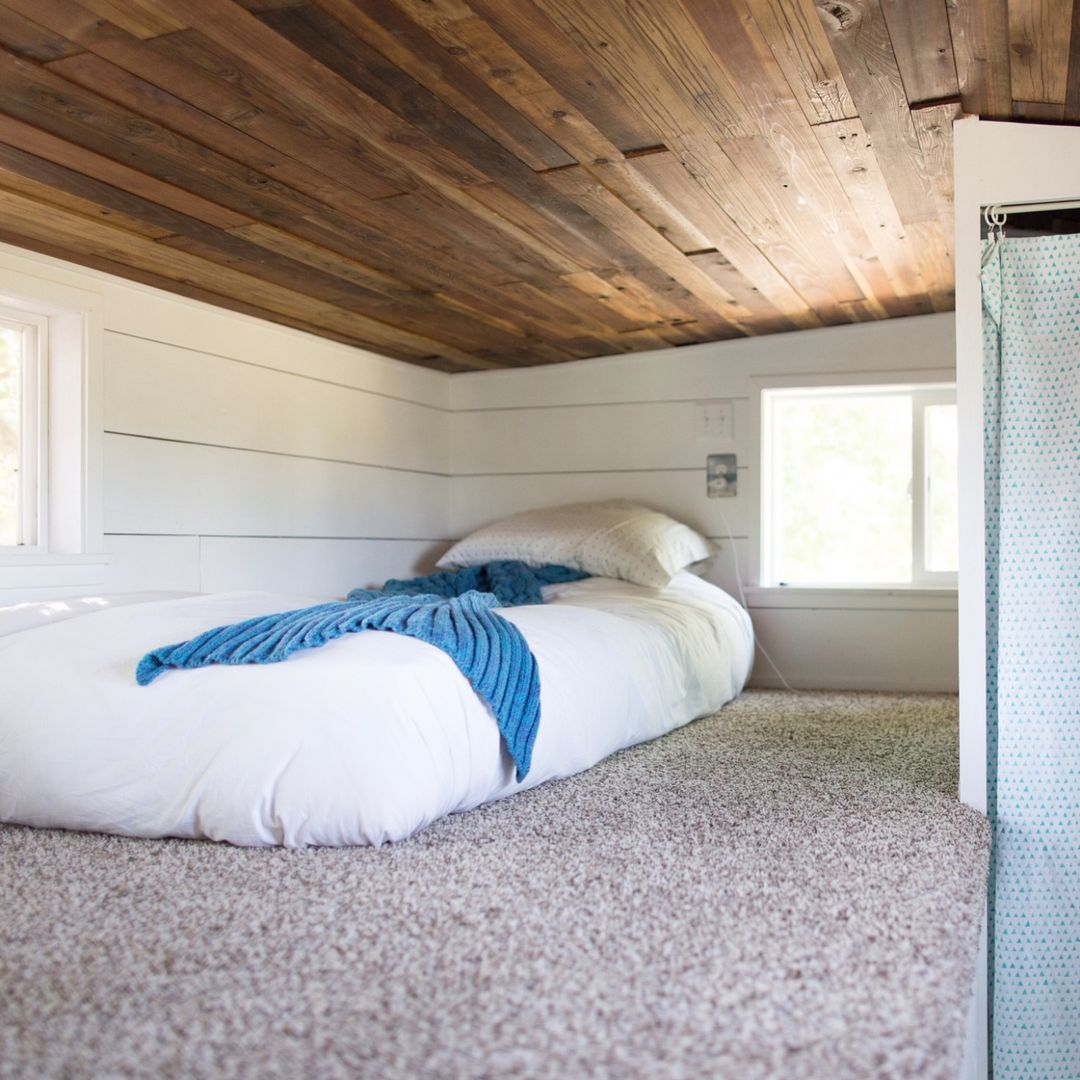 teenager room tiny house - Single mom built spectacular tiny home for herself and her daughter